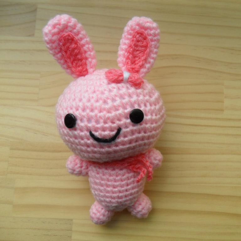 Amigurumi Doll - Pink Bunny on Luulla