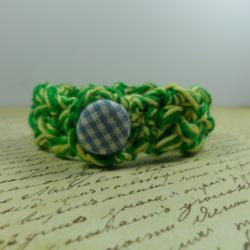 Crochet bracelet - green & yellow